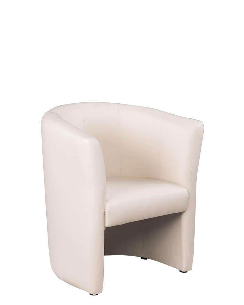 Vienvietis fotelis Club su minkštai apmuštais atlošu ir sėdyne.