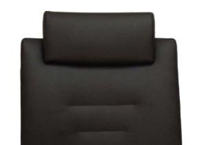 Vadovo kėdė Elite su nereguliuojama galvos atrama sujungta su atlošu.