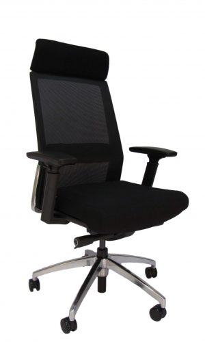 Ergonominė kėdė Marstrand HB su fiksuota atrama galvai, tvirto tinkliuko atlošu.