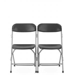 Konferencinė kėdė Polyfold su sėdyne ir atlošu iš plastiko.