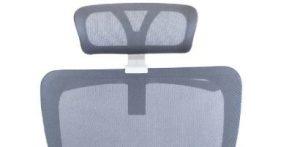 Ergonominė kėdė Rivo HRU white su reguliuojama galvos atrama.