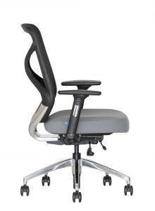 Biuro kėdė su sinchroniniu mechanizmu.