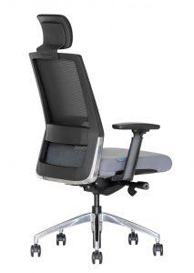 Ergonomiškos darbo kėdės su sinchroniniu mechanizmu.